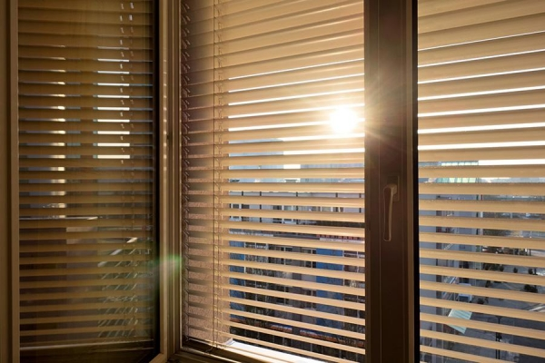 Click to enlarge image Venetian-Blinds-for-windows.jpg